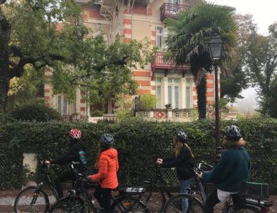 visite en vélo en ville d'hiver